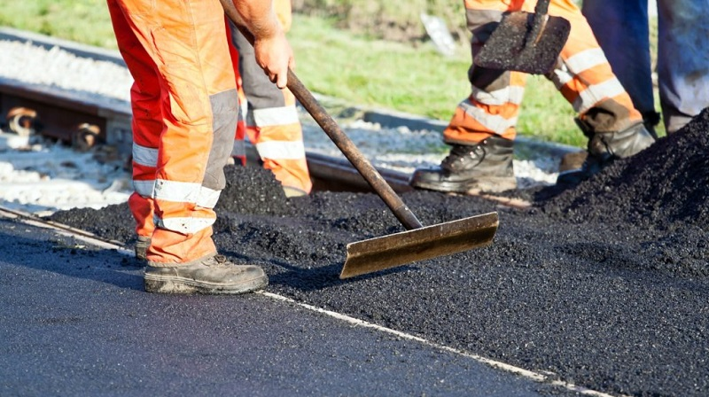 When Should You Patch, Resurface, or Replace Your Asphalt Driveway?
