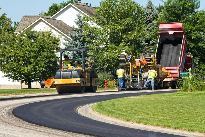 residential asphalt paving