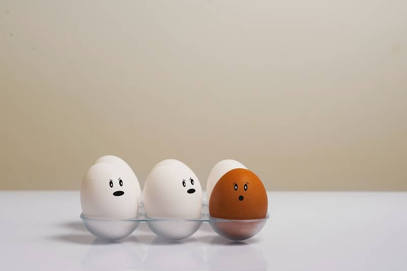 Side Effects of Too Many Eggs in a Week + How Many You Should Eat